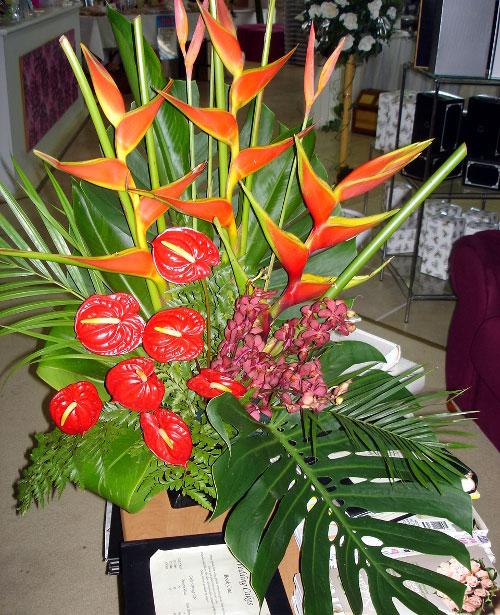 Fresh tropical church arrangement