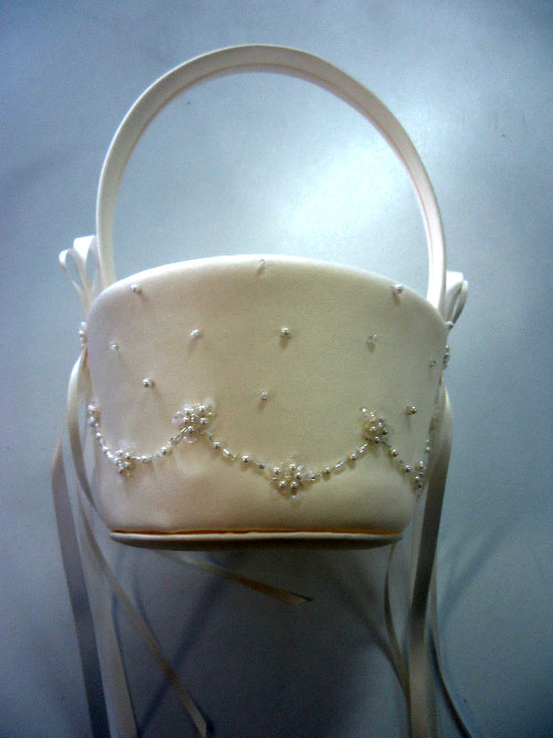 Purity Flower Girl Basket Ivory