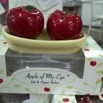apple of my eye bomboniere
