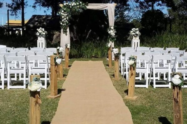 Ceremony-Styling-Hire resized 800x600